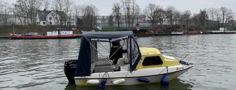 Bootsfahrschule Ausbildungsboot Bielefeld OWL Bootsführerschein